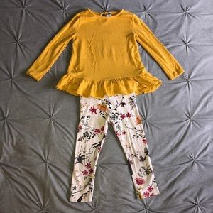 Old navy Pants and shirt outfit size 3T